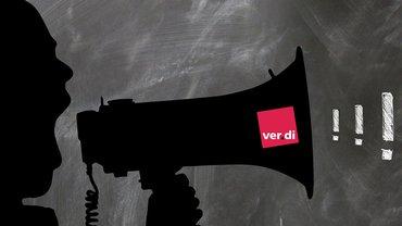 Megafon Forderungen Ausrufezeichen laut werden Protest Mann